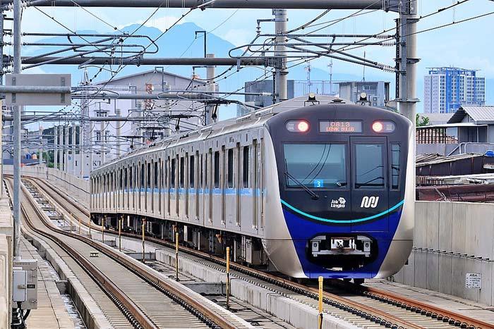 MRT Alternatif Transportasi di Jakarta